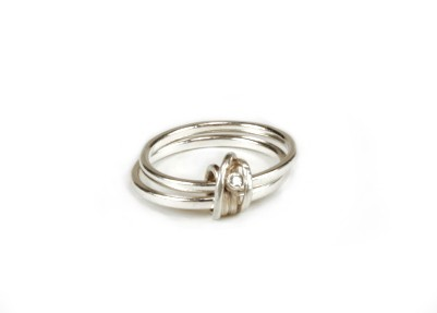 Silver Knot Ring with Diamond
